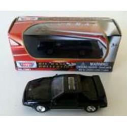 Pontiac Fiero GT Motor Max Escala 1:64